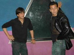 Flashback When Nikhil Advani Called Salman Khan Shahrukh Khan On Sets