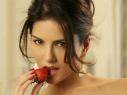 Including Sunny Leone Condom Ads Banned Government