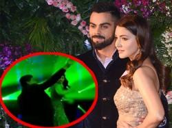 Virat Kohli Anushka Sharma Dancing With Srk