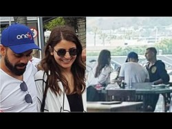 Anushka Virat Spotted With Akshay Kumar South Africa