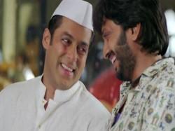 Riteish Deshmukh Host Debut Season Bigg Boss Marathi