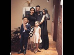 Trishala Shares Pic With Father Sanjay Dutt And Family