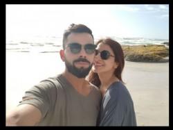 Anushka Sharma Virat Kohli Spotted With Akshay Kumar In South Africa