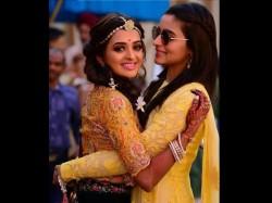 Alia Bhatt Looks Beautiful At Best Friend S Wedding