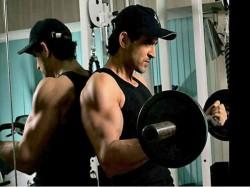 Aditya Chopra Delays Hrithik Roshan Tiger Shroff Untitled Next