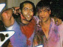 Bollywood Celebrities Rare Holi Pictures Includings Shahrukh Khan And Salman Khan