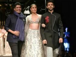 Kareena Kapoor Walks The Ramp Manish Malhotra Singapore See Pics
