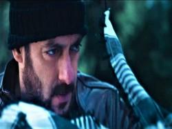 Salman Khan Tiger Zinda Hai Premiere On Television
