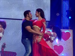 Did Katrina Kaif Charge 3 5 Crore Salman Khan S Dabangg Tour Pune Chapter