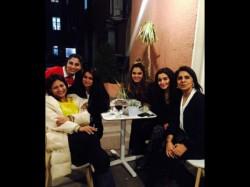 Alia Bhatt Enjoy Birthday With Friends And Ranbir Kapoor Mom Neetu Singh