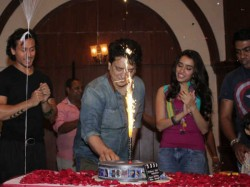 Baaghi 2 Cancel Their 100 Crore Club Success Party Due Salman Khan S Jail