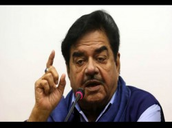 Shatrughan Sinha Reveals Sexual Favours Happen Entertainment And Political World