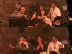 It Is Difficult Make Shahrukh Salman Dance Together Mika Singh