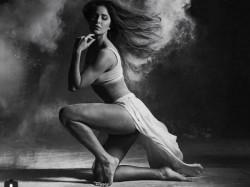 Katrina Kaif Shared Bold Picture Went Viral On Social Media