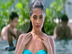 Ekta Kapoor Ragini Mms Fame Riya Sen Hot Pic