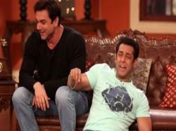 Not Gama Pehelwan Sohail Khan Tv Debut With Crime Show