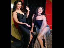 Sunny Leone Unveil Her Wax Statue At Madame Tussauds Delhi