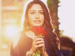 Ishqbaaz Anika Surbhi Chandna Bikini Pic Viral
