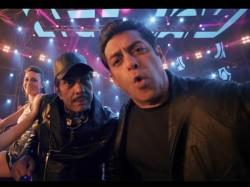 Salman Khan Took Not Single Penny Yamla Pagla Deewana Phir Se