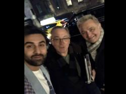 Ranbir Kapoor Rishi Kapoor Have Fanboy Moment With Hollywood Star Robert De Nero In New York