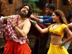 Govinda Film Rangeela Raja Release Against Thugs Of Hindostan