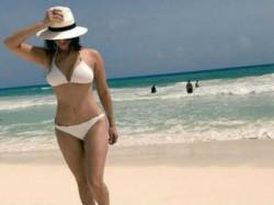 Sunny Leone Trolled Wearing Bikini In Navratri
