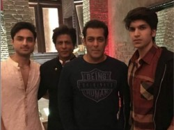 Salman Khan Parties At Shahrukh Khan S Pre Diwali Bash View Inside Pics