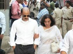 Akshaye Khanna S Mother Vinod Khanna S First Wife Geetanjali Khanna Passes Away At