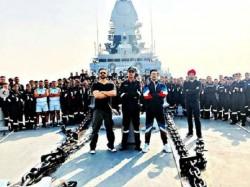 Simmba Rohit Shetty Ranveer Singh Met Indian Navy Promote His Film