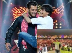 Shahrukh Khan Promoting His Upcoming Film Zero Dubai