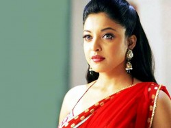 Tanushree Dutta Speaks On Metoo Moment Again Curses Nana Ganesh And Rakhi