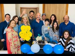 Rakesh Roshan Latest Pic After Cancer Surgery Hrithik Roshan Shares The Pic