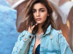 Superstar Actress Alia Bhatt Fatcs Rare Pics On Her 26th Birthday