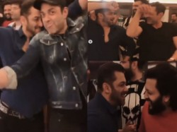 Salman Khan Party Dance Videos With Suniel Shetty Bobby Deol And Ritiesh Deshmukh