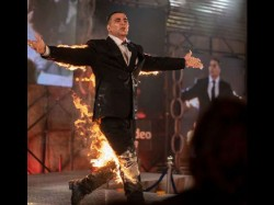 Akshay Kumar Announced New Digital Project Title As The End With Fire Stunt
