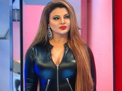 Rakhi Sawant Wants To Destroy Pakistan With 50 100 Bombs