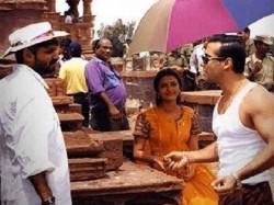 Sanjay Leela Bhansali Approached Abhishek Bachchan Aishwarya Rai For Sahir Ludhiyanvi Biopic