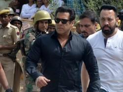 Here Why Salman Khan Always Wears Black Color S Cloths