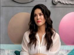 Sunny Leone Cried In Arbaaz Khan Show Watch Video