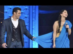 Salman Khan Rejects Sunny Leone For Dabangg 3 Insists On Mouni Roy