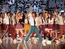 Student Of The Year 2 The Jawani Song Is Out Starring Tiger Ananya Tara