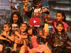Viral Video Aradhya Bachchan Grooves To Ranveer Singh S Meri Gully Track
