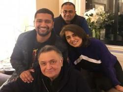 Vicky Kaushal Met Rishi Kapoor In New York