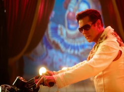 Salman Khan Bharat Third Day Friday Box Office Collection