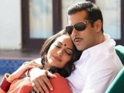 No Love Triangle In Dabangg 3 Sonakshi Sinha Confirms The News