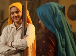 Bhumi Pednekar Shared Taapsee Pannu S Look From Saand Ki Aankh
