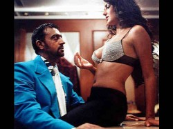 Katrina Kaif S Debut Film Boom Seduction Scene With Gulshan Grover Most Viewed Adult Video