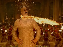 Housefull 4 Akshay Kumar Talk About His Bald Look Compared To Ranveer Singh