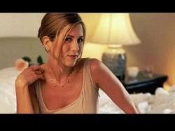 Hollywood Star Jennifer Aniston Auction Her Nude Photos For Corona Virus Fund