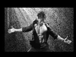 Tiger Shroff Shirtless Body For Dabboo Ratnani Calendar Photoshoot Viral